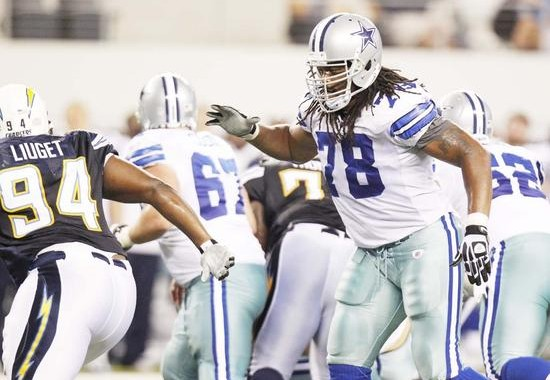 Dallas Cowboys Right Tackle Jeremy Parnell Has Big Shoes to Fill With Doug Free Out