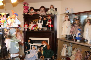 img_0066teal gray Granbury Doll museum